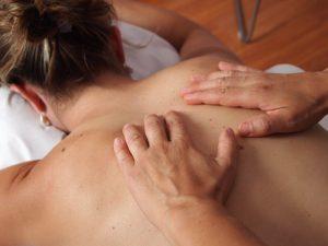 Jakie masaże wybrać, aby ujędrnić ciało?